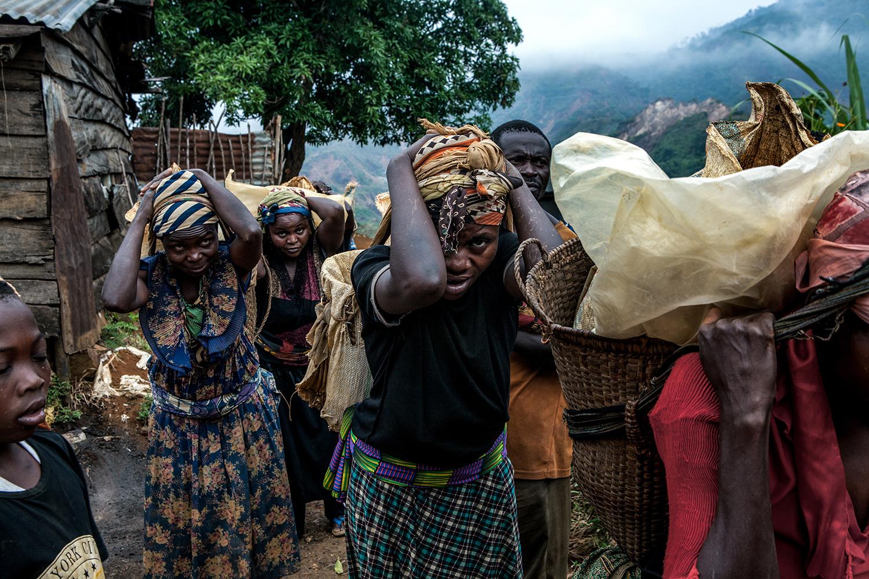 femmes mineurs Congo
